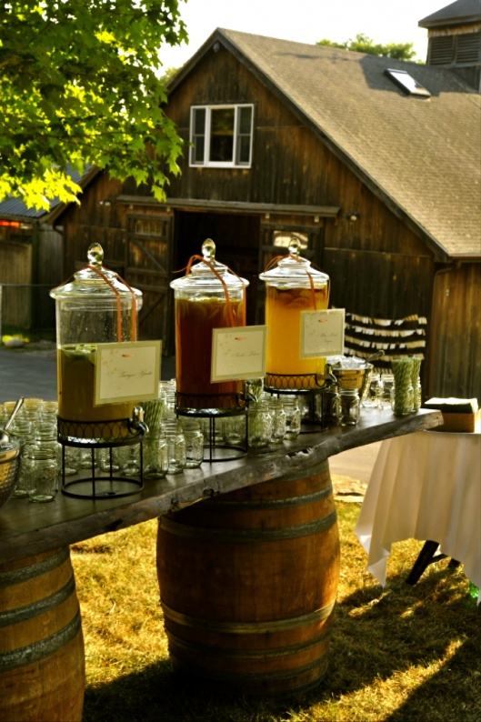 12 Different Ways To Use Wine Barrels For Your Wedding