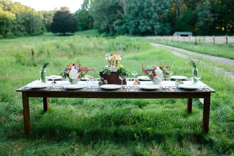 SummerBounty farm table
